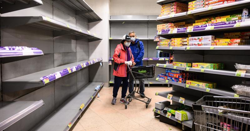 Hong Kongers Empty Store Shelves of Food, Supplies Amid Coronavirus Outbreak