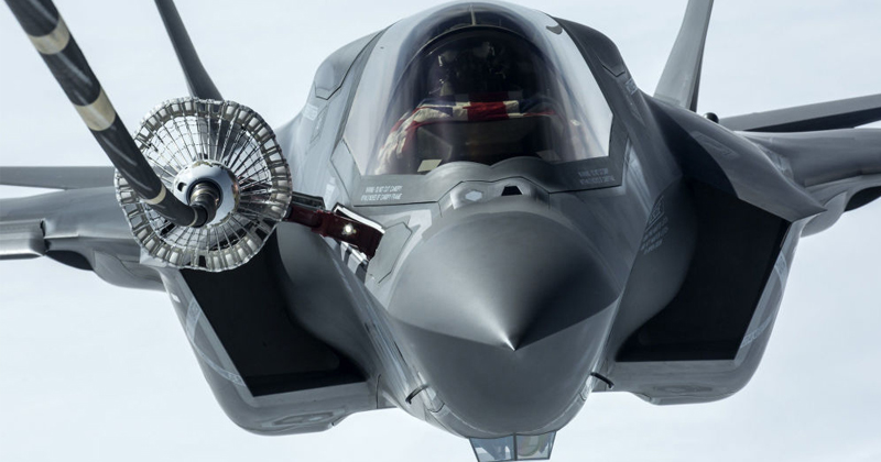 Pentagon Testing Chief Slams 'High Risk' Software Updates for F-35s