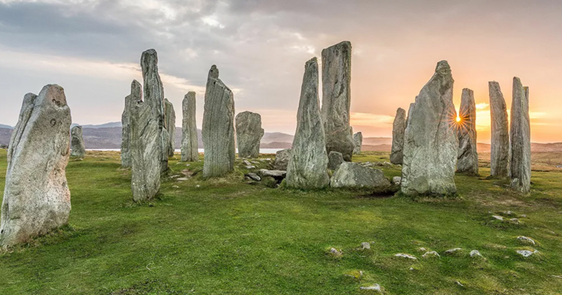 Magnetic Anomaly Found Beneath Ancient Standing Stones