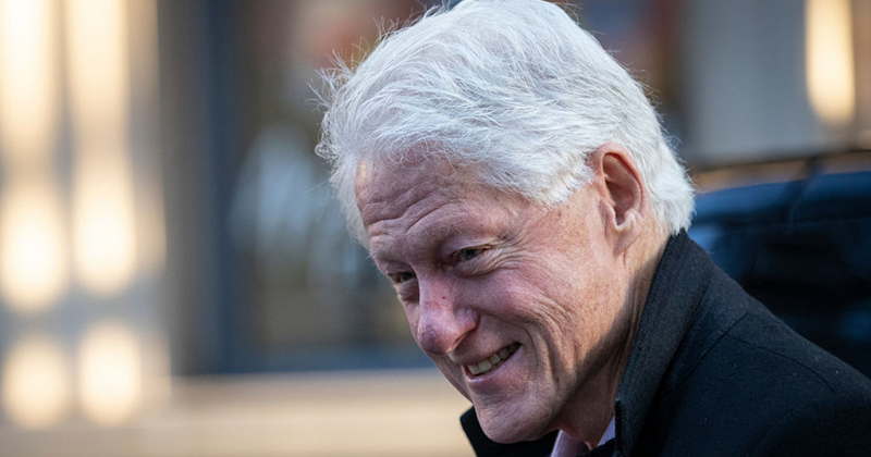 """Bill Clinton Admits in New Documentary He Had """"Oral Sex"""" With Monica Lewinsky to """"Manage Job Stress"""""""