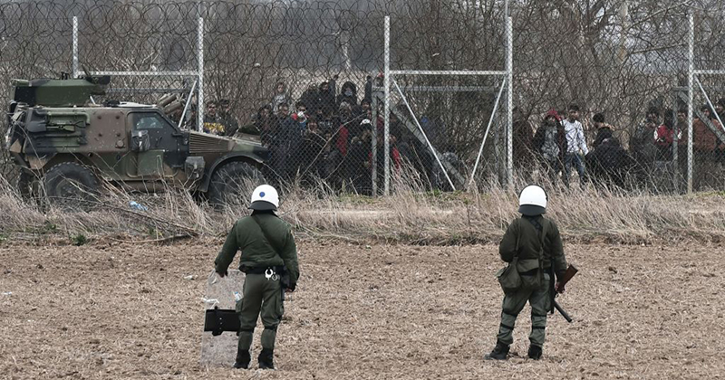 Greek Soldiers Open Fire on Migrants, Vigilantes Beat Journalists and NGO Employees