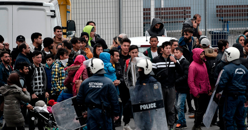 'Sweden Is Full!' Top Politician Warns Migrants at Turkey-Greece Border