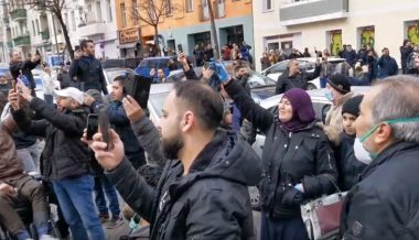 Germany: Muslims Flagrantly Violate Quarantine Law to Congregate at Mosque in Berlin