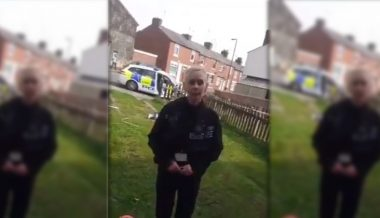 UK: Police Officer Tells Family They Can't Be on Their Own Front Garden