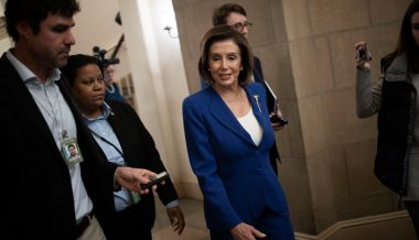 Pelosi Feuds With GOP Over Small Business Relief Bill