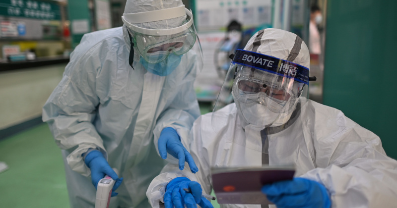 """Scientist Who Discovered HIV Says COVID-19 """"Could Only Have Been Created In a Lab"""""""
