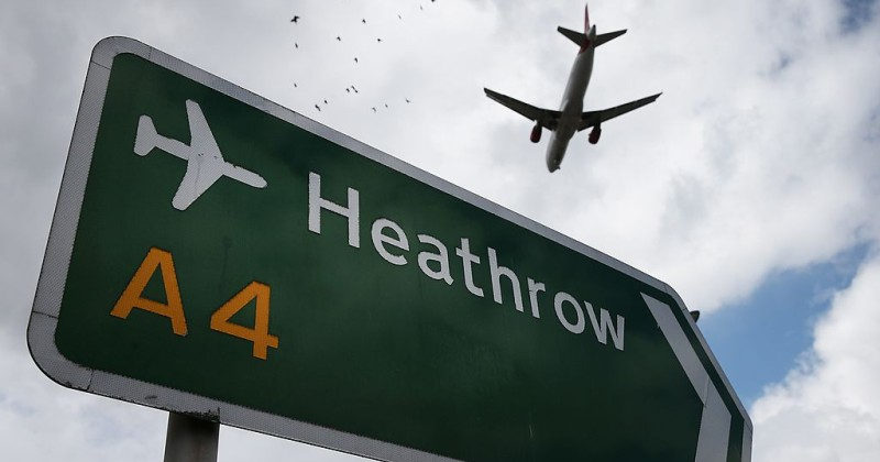 While Brits Are on Lockdown, 100,000 People From Abroad Arrive at Airports Every Week