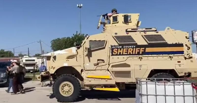 SWAT Team Raids Texas Bar Protesting Forced Closure, Arrests Armed Demonstrators