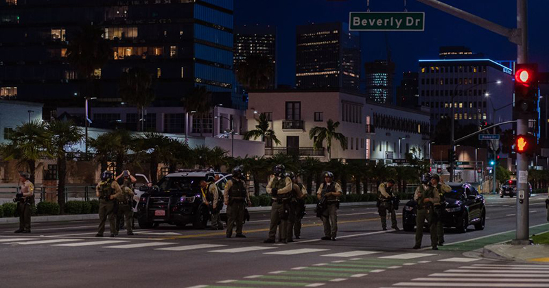 George Floyd protesters swarm Beverly Hills and LOOT high-end stores on Rodeo Drive