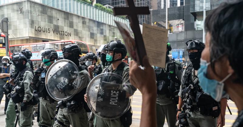 Riot Police Blockade Hong Kong Legislature Ahead of Debate on Chinese National Anthem