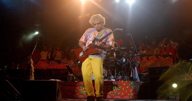 """Former Van Halen Frontman Sammy Hagar: """"I'm Not Locking Down Anymore"""""""