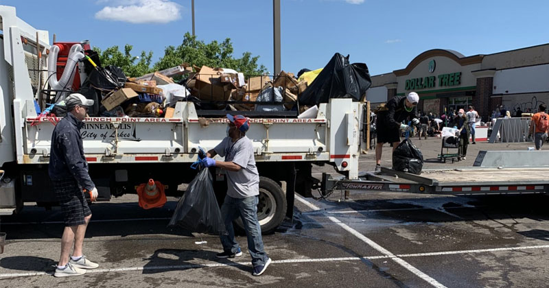 Hope: Minneapolis Volunteers Gather To Clean Up Looted Businesses & Destruction Left By Race Riots