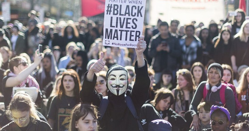 "Black Lives Matter Melbourne Tells White People: ""No Selfies"""