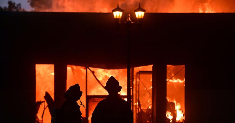 NPR Downplays Rioters Burning Down African-American Barbershop