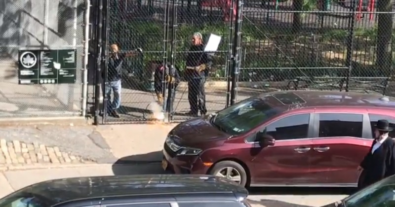 De Blasio Orders Gates Welded Shut at Jewish Park While Approving Mass BLM Gatherings