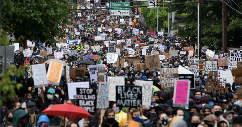 'Whites Go to the Back!': Seattle Black Lives Matter Forces All Whites to Back Of Protest March