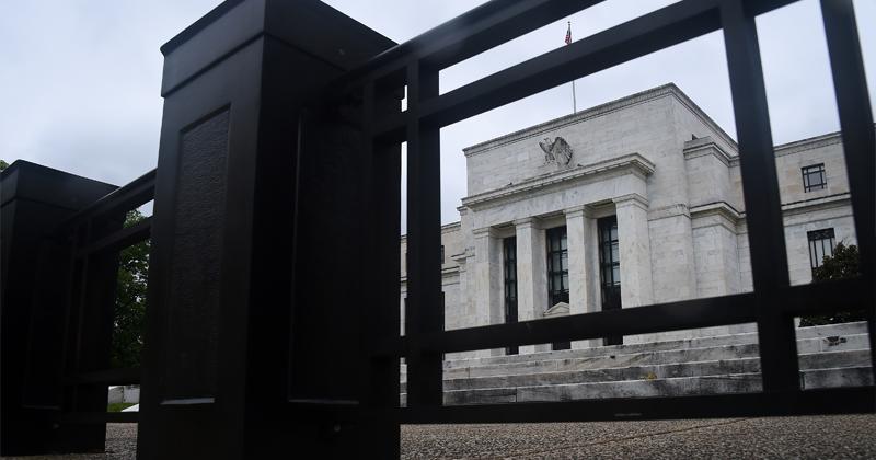 Fed's Zero Percent Interest Rates & Money Printing Not Helping Economy