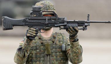 """Unmatched Performance"" - German Army Test-Fires New Light Machine Gun"