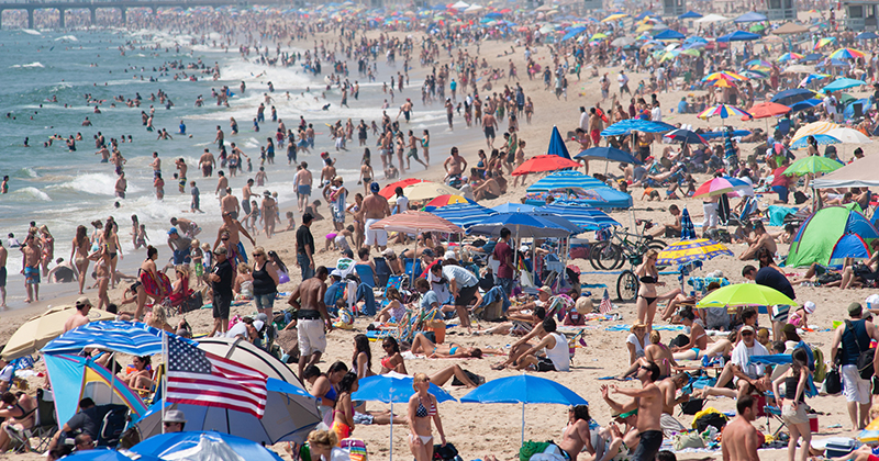 L.A. County Sheriff Refuses to Enforce Beach Closure Order for July 4th Weekend