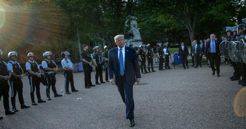 Trump Calls on Police to 'Get Tough' Amid Violent Riots