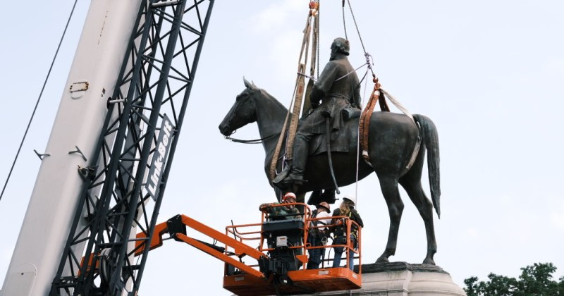 Richmond Mayor Cites 'Public Safety,' Spread of COVID-19 in Ordering Removal of Confederate Statues