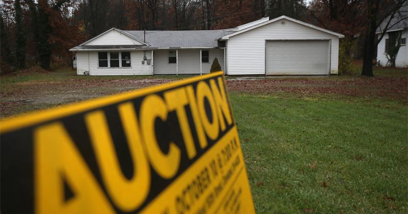 Mortgage Delinquencies Soar