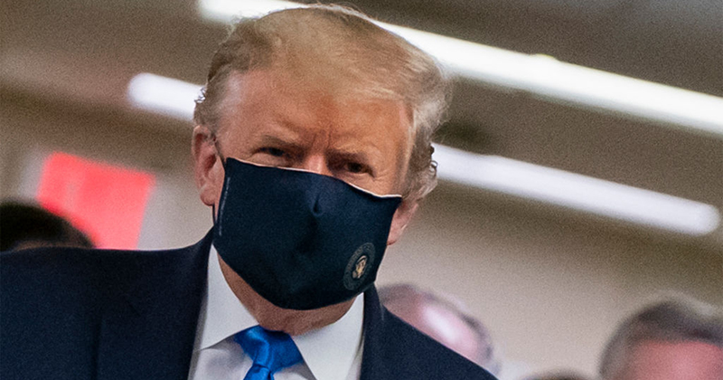 Trump wears mask while visiting wounded soldiers, medical workers at Walter Reed hospital