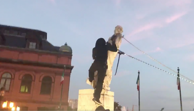 Video: Baltimore Mob Pulls Down Columbus Statue And Slings It In Harbor