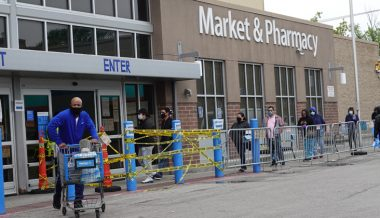 Walmart to Require All Customers to Wear Masks