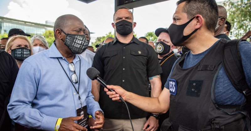 Houston Mayor Orders $250 Fines For People Who Refuse to Wear Masks