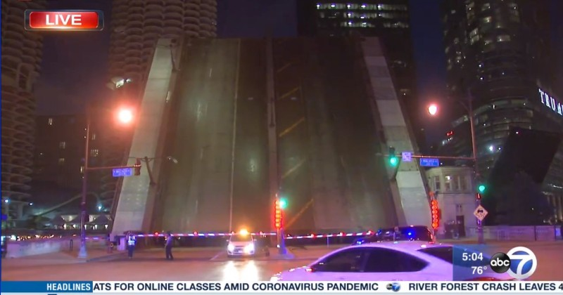Chicago Raises Bridges to Prevent Looters Getting Downtown