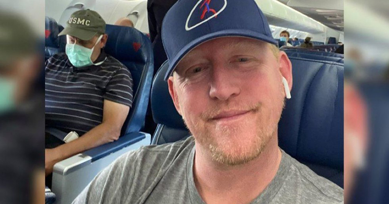 Navy Seal who said he killed Osama Bin Laden gets banned from Delta Air after posting photo bragging about flying without mask
