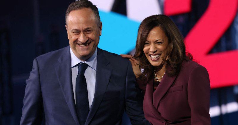 Kamala Harris Failed to Investigate Client of Husband's Law Firm as California Attorney General