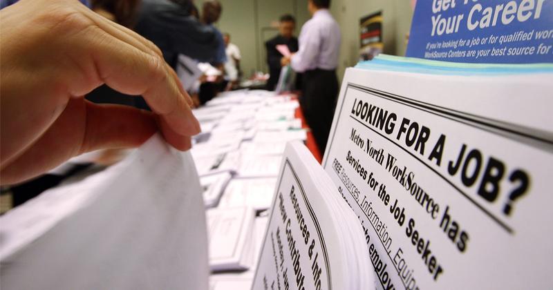 Economist Raises Alarm Over Booming Stockmarket Amid High Unemployment