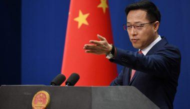 Beijing Warns Washington After US Health Chief's Visit to Taiwan
