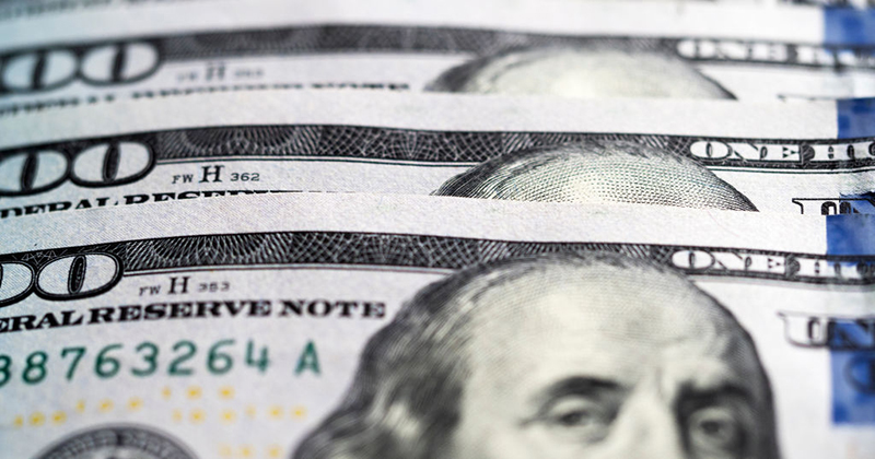 US dollar could be a 'CRASH RISK' amid rising economic & political uncertainty