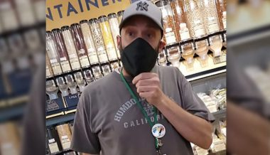 VIDEO: Mom's Organic Employee Allegedly Discriminates Against Hispanic Woman With Health Issues For Refusing Mask