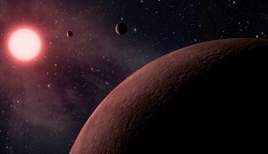 Enormous Planet Quickly Orbiting Tiny, Dying Star