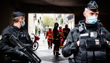Pakistani Migrant Paris Attacker Revealed to Be 25 Not 18