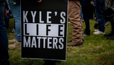 Journalist Tweets Kyle Rittenhouse Should Be 'Stabbed to Death' in Prison