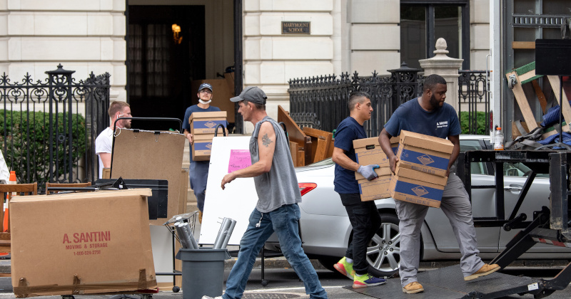 """Demand Is Insane"" - NYC Movers Turn People Away as Big City Exodus Accelerates"