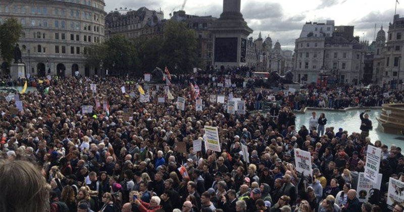 'We Do Not Consent': London Rally Against COVID-19 Lockdowns Draws Huge Crowds