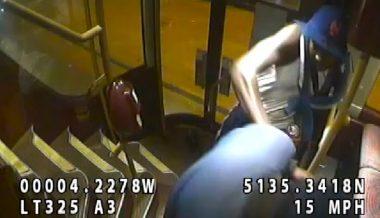 Coronavirus Tracing Agent Beaten Unconscious on London Bus After Face Mask Dispute